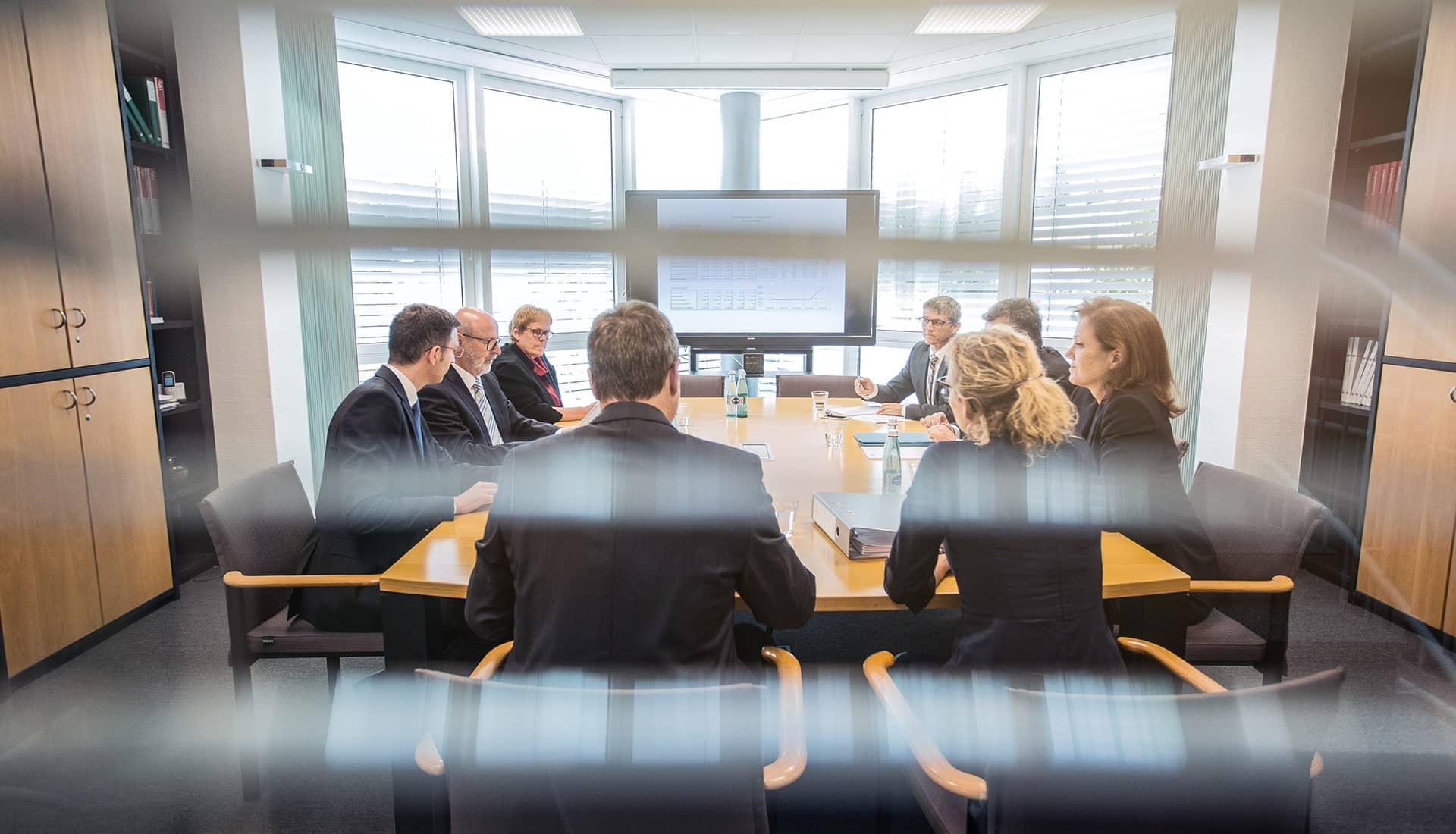 Konferenzraum der MERGET + PARTNER Steuerberater, Rechtsanwälte, Wirtschaftsprüfer aus Aschaffenburg